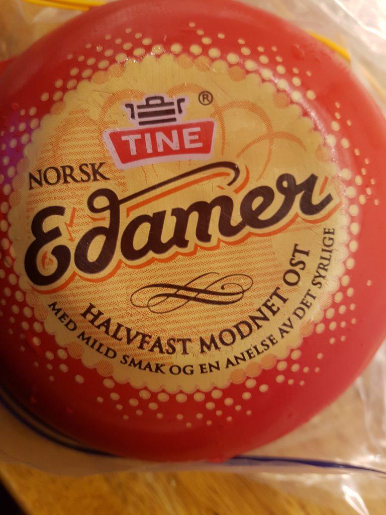 Tine Edamer ost som jeg lagret i ett år. Ble vellagret, Smakte fortreffelig